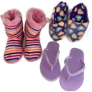 2/$20🛍️3 pc bundle of boots- slippers-flip flops